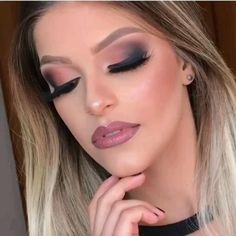 Eye Makeup Designs, Glamour Makeup, Colorful Makeup, Makeup Videos, Wedding Makeup, Zero, Eyeshadow, Make Up, Lipstick