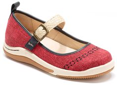 Jambu Rosie in red.   A great choice for warm Spring days.