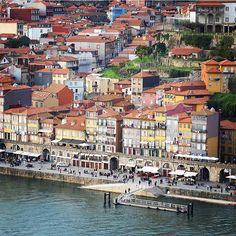 With sun it's easier  #visitporto #followporto -- Com sol é mais fácil  #visitporto #followporto  Credits: @bale_biaje #igers_porto #igersportugal #igersopo #igers_opo #ig_travel #travelgram #igers_travel #travel #explore  #traveling #momondo #natgeotravel #viagem #tourism #turismo #visitportugal #travelbloggers #traditional #lonelyplanet #porto #beautifuldestinations #vsco #citybreak  #worldheritage #sunnyday #sun #river #downtown by visitporto