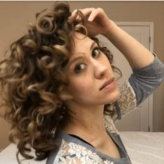 The Plump Method for Curls – Type of Beautiful Dry Curly Hair, Curly Hair Tips, Curly Hair Styles, Wavy Hair, Waves Curls, Big Curls, Curl Hair Overnight, Hair No More, Hair Fixing