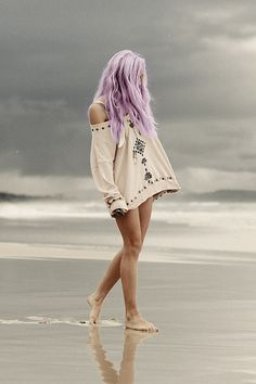 Pastel lavender hair - love! -- If I could get my hair this color without having to bleach it like crazy first, I'd do it in a heart beat!