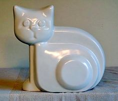 Cat - Mid-century gone Art Deco - by Harris Potteries of Chicago - Ebay