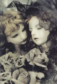 """akatako: from """"Misericordia"""" postcard setby Koitsukihime Another market. pictures of the dolls posed as art Mark Ryden, Gothic Dolls, Victorian Dolls, Creepy Clown, Creepy Dolls, Most Famous Artists, Haunted Dolls, Doll Maker, Japanese Artists"""