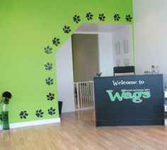 I love the idea of the paw prints as a border. Will think about doing this @ the new place we move into!