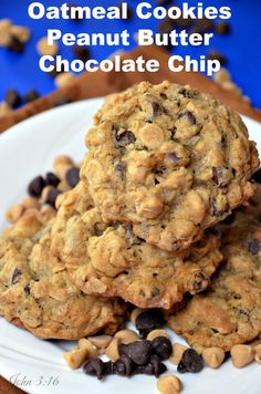 Best Oatmeal Cookies with Peanut Butter #Chocolate Chip - A great delicious combination of Oatmeal, Peanut Butter & Chocolate.