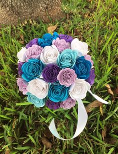 Frozen Dreams Paper Flower Bouquet//Paper Bridal by kreationsbykia