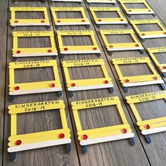 Ready for some first day of school pictures! Classroom Crafts, Classroom Activities, Preschool Crafts, Classroom Ideas, School Bus Crafts, Back To School Crafts For Kids, Kids Crafts, Back To School Party, School Photo Frames