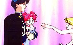 http://sailormoongifs.tumblr.com/post/70507080418/photoset_iframe/sailormoongifs/tumblr_my1omxNr0L1r8k00r/500/false