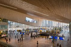 Image 20 of 27 from gallery of Rotterdam Central Station / West 8 + Benthem Crouwel Architects + MVSA Architects. Photograph by Jannes Linders Rotterdam, Masterplan, Roof Structure, Roof Plan, Central Station, Gothic Architecture, Stone Flooring, Urban Landscape, Facade