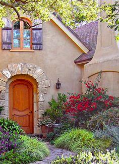 Fairytale house fairy tale home architecture home design fantasy dream cottage Fairytale Cottage, Garden Cottage, Cozy Cottage, Cottage Living, Cottage Homes, Cottage Door, Tuscan Garden, Cottage Bedrooms, Cottage Exterior