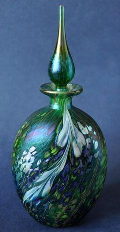 Richard Golding Station Glass Green Perfume Bottle http://www.bwthornton.co.uk/isle-of-wight-richard-golding-bath-aqua-glass.php