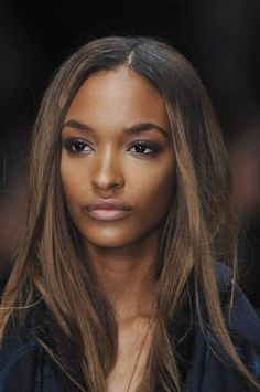 kissmyswaaggg phresh-fashion: thefashionbubble: Jourdan Dunn in Burberry Prorsum Fall/Winter L Quick Braided Hairstyles, Quick Hairstyles For School, Pretty Hairstyles, Hair Color For Women, Cool Hair Color, Hair Colour, Burberry Prorsum, Quebec, Quick Braids