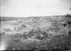 Australian field kitchens beside the Contalmaison-Becourt road, September 1916.