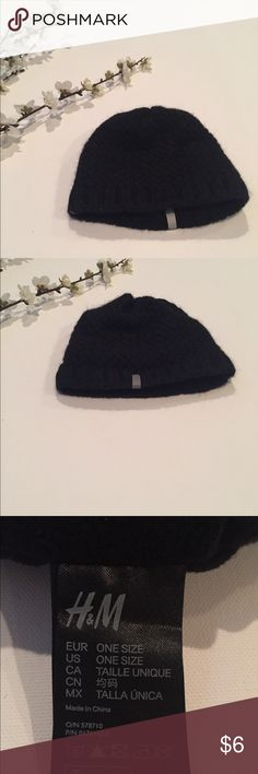 0e26b2480b3 2 NWT wool hats
