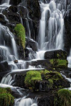 Brides Veil Waterfall - Isle of Skye - Scotland © Andrea Livieri #andrealivieri #livieri #skye #isleofskye #scozia #scotland #travel #viaggio #paesaggi #paesaggio #canon #canon6d #6d #fullframe #tramonto #colori #natura #sole #estate #summer #nuvole #photography #fotografia #landscapes #landscape #manfrotto #benro #outdoorphotography #outdoor #longexposure #waterfalls #waterfall #bridesveil