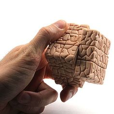 Brain Cube - Definitely a must-have for every brain challenging lover!  #brain #rubikscube #game www.junkpeoplebuy.com