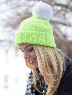 100 модных идей: вязаные шапки 2017 года на фото
