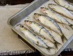 La temporada de sardinas está recién comenzada.  Y como buen pescado azul tiene el mayor hueco de mi nevera reservado.   Solo tienen un inco...