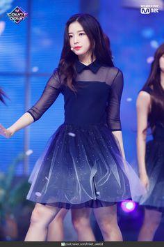 Kpop Girl Groups, Korean Girl Groups, Kpop Girls, Arin Oh My Girl, Kpop Girl Bands, Korean Birthday, Korean Beauty, South Korean Girls, Pretty Woman