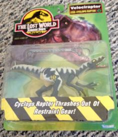 Vintage Jurassic Park Action Figure Dinosaur Velociraptor Cyclops 1997 MOC