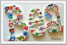 Letras de madera, vivero cartas, juegos cartas, cartas de boda, cartas adolescentes, regalo del bebé, letras decorativas, iniciales pintadas, colgantes