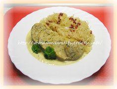 Bratwurstknödel mit Sauerkraut