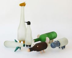 Animal Farm es el resultado de un experimento continuo centrado en el renacimiento de la artesanía y la reutilización de objetos usados.        Esta primera colección...