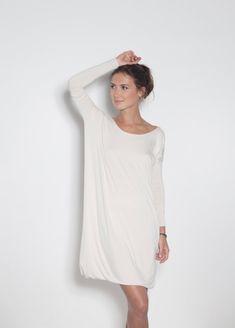 White dress Backless dress Dress with black bow LeMuse