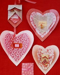 Heart Template Kids can use our heart template to create gift-pocket valentines, Mother's Day cards, and more using construction or origami paper. Print the Heart Template Get the How-To for the Paper Heart Wrappings Kinder Valentines, Homemade Valentines, Valentine Day Crafts, Valentine Decorations, Happy Valentines Day, Holiday Crafts, Valentine Ideas, Valentines Origami, Valentine Messages