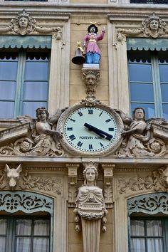 Nimes La Mairie