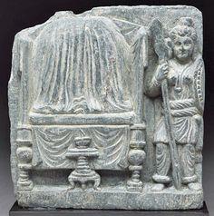 Relief-fragment-depicting-female-warrior-guarding-Buddha-relics.jpg (400×404)