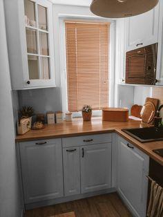 Powder Room Paint, Kitchen Dining, Kitchen Cabinets, Nordic Home, Cuisines Design, Modern Kitchen Design, First Home, Kitchen Remodel, Home Accessories