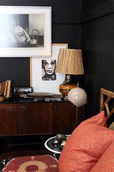 Are black bedrooms best?