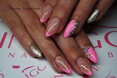 Gel Brush Hola Lola by Klaudia Kaczmarek #nails #nail #pink #gold #french #pinknail #glitter