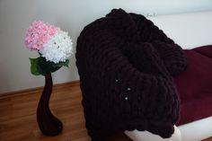 Super Chunky Knit Blanket, Mohair Blanket, Cozy, Cute, Maroon Blanket