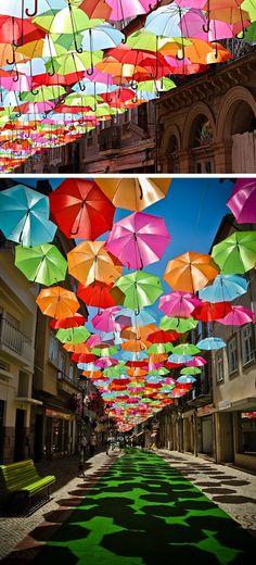 umbrela art at Lisbon