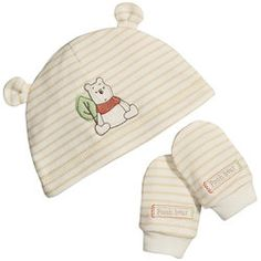 Winnie The Pooh Hat and Mitts Set