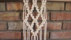Macrame Tutorial: Diamond Pattern for Wall Hangings Best Picture For crochet patterns For Your Taste You are looking for something, and it is going to. Macrame Design, Macrame Art, Macrame Projects, Macrame Plant Hanger Patterns, Macrame Wall Hanging Patterns, Free Macrame Patterns, Crochet, Diamond Pattern, Wall Hangings
