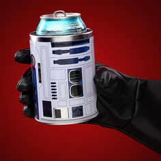 Star Wars Can Cooler . Keep your drink colder than planet Hoth while your hand remains warm and dry with the Star Wars can c. Best Gifts For Men, Cool Gifts, Amazing Gifts, Unique Gifts, Star Wars Kitchen, Geek Decor, Take My Money, Cool Gadgets, Cool Things To Buy