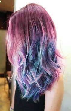 Imagen vía We Heart It https://weheartit.com/entry/153015864/via/1861097 #colors #cute #kawaii #pastel #rainbow #pastelhair #haircolors