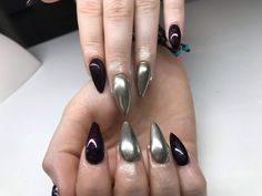 Nails with fine silver chrome powder