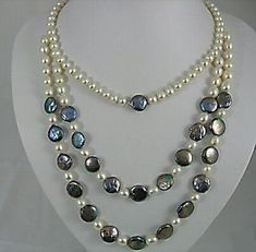 black and white pearl necklace Pearl Necklace Designs, White Pearl Necklace, Pearl Jewelry, Gemstone Jewelry, Beaded Jewelry, Bridal Jewelry, Jewelery, Jewelry Necklaces, Beaded Necklace