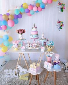Create your perfect party with various decorations like the picture below!Choose from some of plain and themed birthday party decorations including banners, bunting, paper decorations, pom poms,baloon and more. Unicorn Birthday Parties, Birthday Party Decorations, Baby Birthday, Bday Girl, Baby Shower, Bridal Shower, Party Ideas, Diy Party, Ideas Creativas