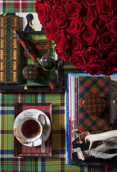 "tartan : plaid : the adventures of tartanscot™: ""Scot Meacham Wood Home . Scottish Decor, Scottish Plaid, Scottish Tartans, Tartan Decor, Tartan Plaid, Hygge, Celtic, Tartan Christmas, Scrappy Quilts"