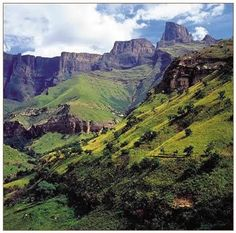Drakensbergen, South Africa    Beautiful....I visited here!