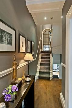 Hallway paint ideas farrow and ball modern country style the best paint colours for small hallways . hallway paint ideas farrow and ball Grey Hallway Paint, Dark Blue Hallway, Grey Walls, Best Gray Paint, Best Paint Colors, Hall Paint Colors, Grey Paint, Decoration Hall, Victorian Hallway