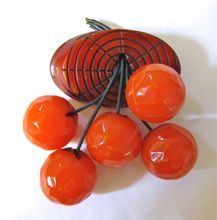 Bakelite Fruit Pin with Log and Five Oranges