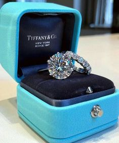 Diamond Rings White Gold Over Solitaire Round Diamond Engagement Wedding Bridal Ring Set Tiffany Und Co, Tiffany Blue Box, Best Engagement Rings, Wedding Engagement, Oval Engagement, Tiffany Ring Engagement, Round Diamond Engagement Rings, Wedding Bands, Tiffany Jewelry