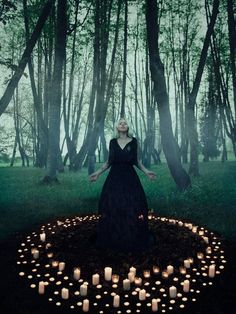 Discovered by Mystic Pencil. Find images and videos about magic, witch and witchcraft on We Heart It - the app to get lost in what you love. Wiccan, Magick, Witch Photos, Witch Pictures, Halloween Photos, Witch Craft, Season Of The Witch, Mystique, Witch Aesthetic