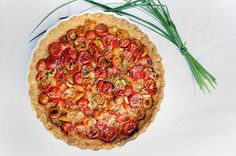 Saturday Lunch | roasted tomato & scallion tart with a whole wheat cheese crust | Local Milk